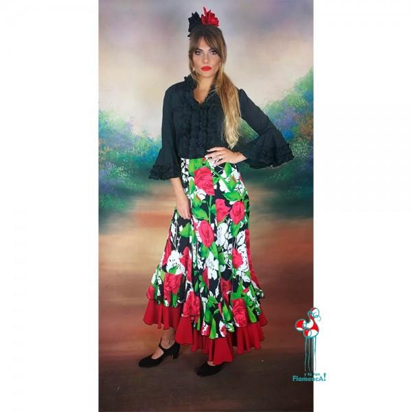 Falda de ensayo de flamenca con estampado de flores y camisa negra